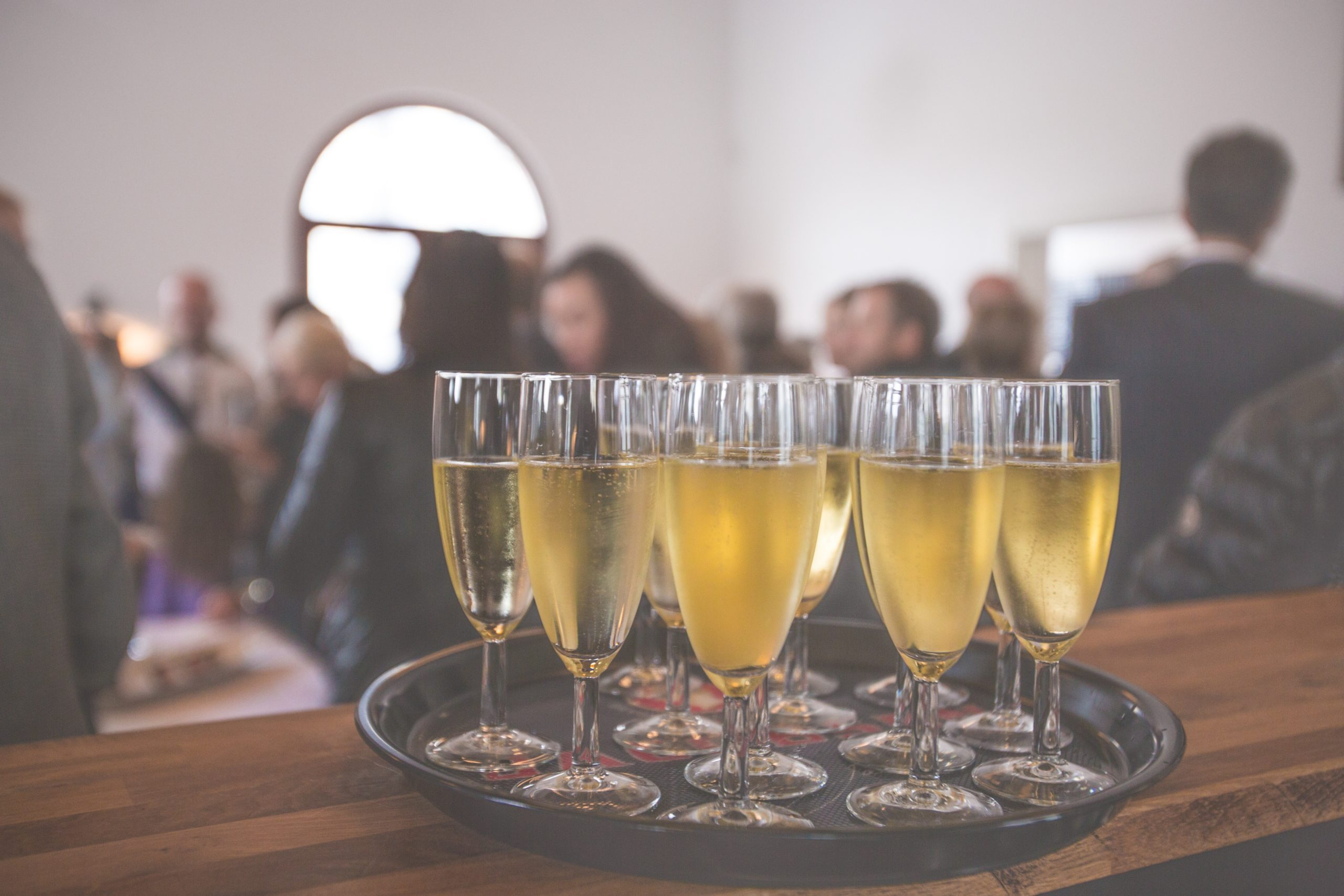 HOW TO THROW THE BEST HOLIDAY PARTY IN YOUR ARIZONA OFFICE SPACE